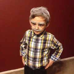 100-year-old person dress for the 100th day of school