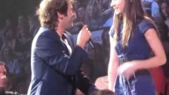 Josh Groban Picks a Girl From the Audience to Sing a Duet