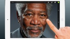 Morgan Freeman Finger Painting On iPad
