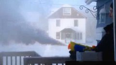 Shooting Boiling Water From Water Gun In Extreme Canadian Cold