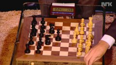 World Chess Champion Beats Bill Gates