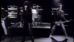 Ramones - Merry Christmas (I Don't Want to Fight Tonight)