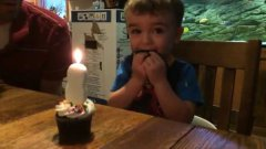 Kid Can't Blow Out Candle, Dad finds way to help him