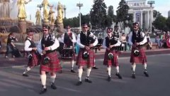 Bagpipes Rock Music on Moscow Streets